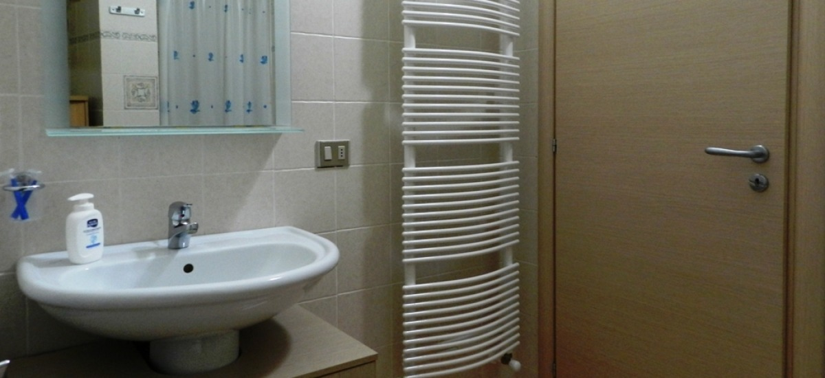 il bagno è comodo e spazioso